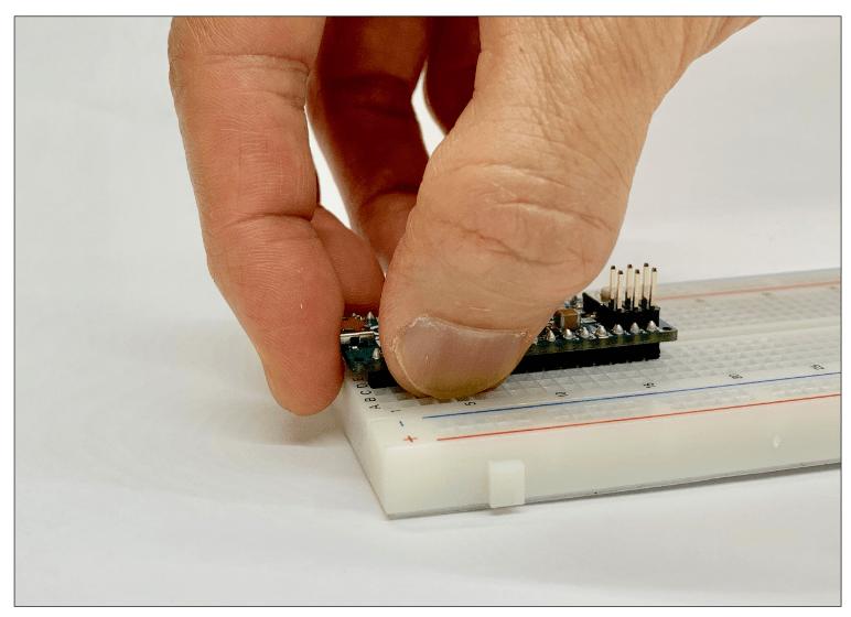 Arduino Micro取り外し手順1